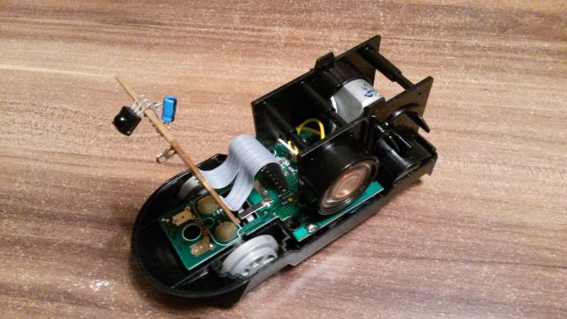 Das offene gehäuse der Lego Intelli Lok