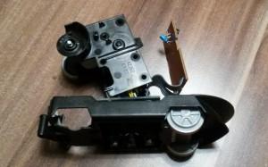 Schrauben lösen aus Getriebe Gehäuse Intelli Lok